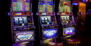 Почему стоит начинать играть в азартные онлайн-игры бесплатно