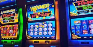 Как играть в казино на деньги прямо со смартфона на Андроид